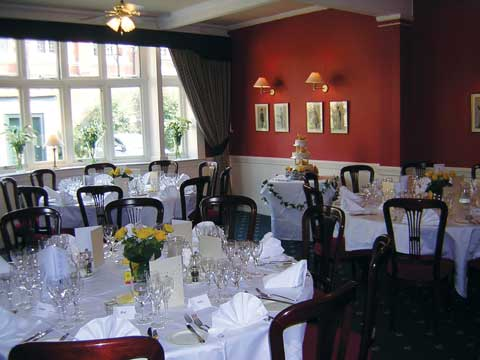 From civil weddings in Ipswich to small business meetings in Suffolk, the Ipswich and Suffolk Club is the perfect venue